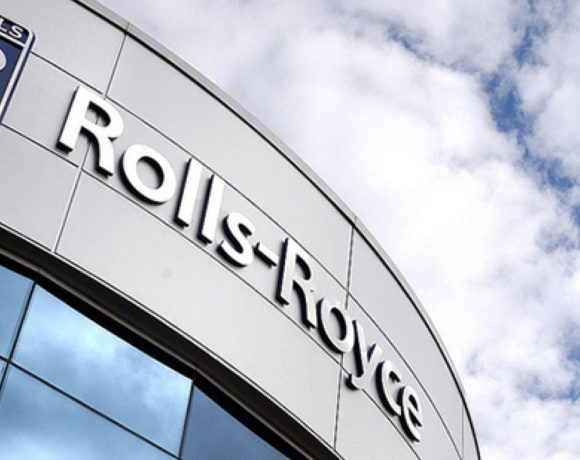 Rolls-Royce withdraws from Boeing's new mid-market engine race, hikes Trent charges