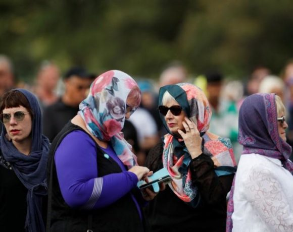 europe times european daily trending world news New Zealand Women To Wear Headscarves for supporting Muslims after shootings