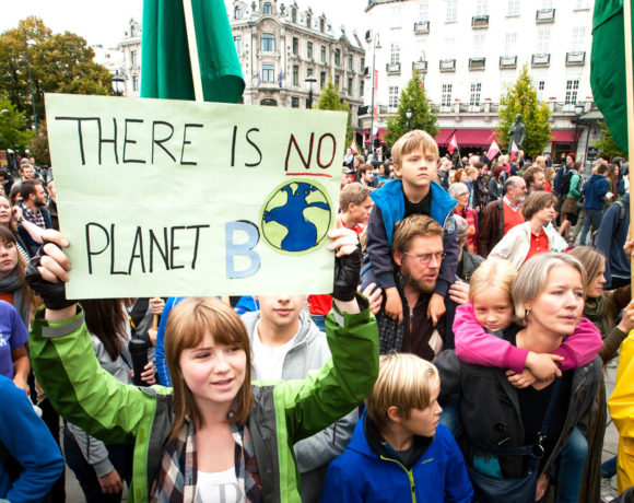 europe times european daily trending world news Huge protest by students demanding action on climate change